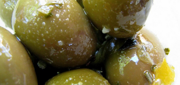 Eλιές πράσινες τσακιστές
