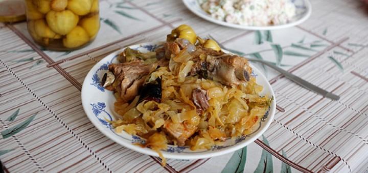 Λάχανο με χοιρινό κρέας -Συριανή συνταγή