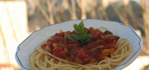 Spagetti with sauce