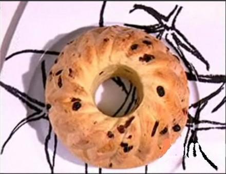 Kugelhoph – γλυκό ψωμί από σταφίδες – Γαλλικό σταφιδόψωμο από τον Στέλιο Παρλιάρο στις «Γλυκιές Αλχημείες».