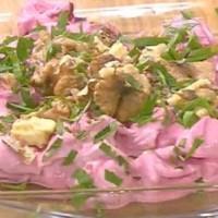 Σαλάτα με παντζάρια, κάρδαμο και καρύδια