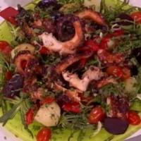 Σαρακοστιανή σαλάτα με χταπόδι και σταμναγκάθι!