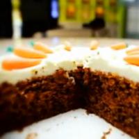Κέικ καρότου με επικάλυψη κρέμας τυριού από τον Στέλιο Παρλιάρο