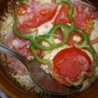 Φέτα ψητή με ντομάτα και πιπεριά στο πήλινο!